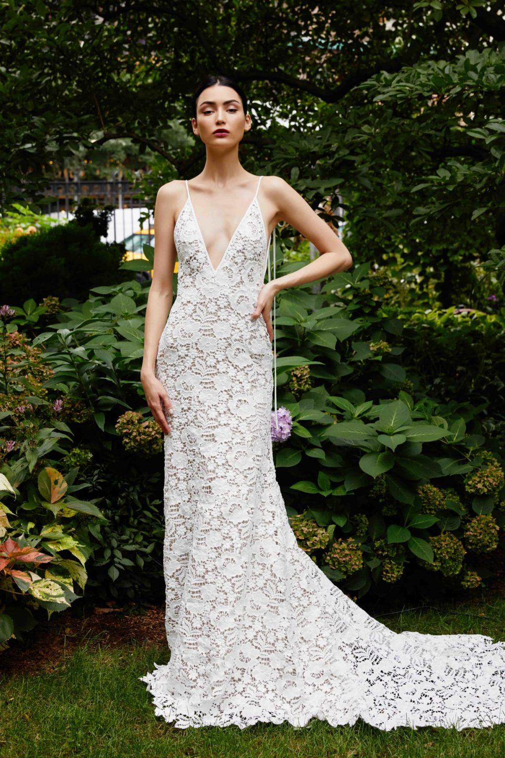 Xu hướng thời trang cưới lấy cảm hứng từ váy cưới của Chiara Ferragni và Meghan Markle 22