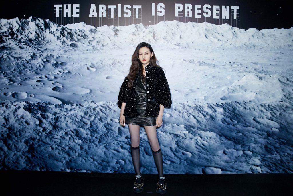 buổi triển lãm nghệ thuật the art is present8