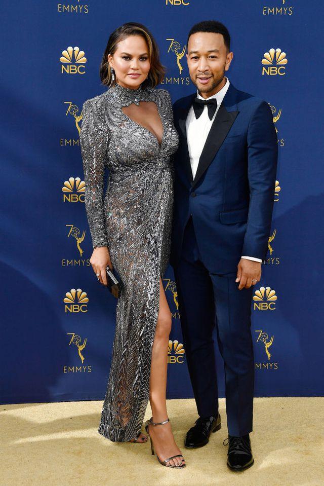 phong cách thời trang cặp đôi Hollywood Chrissy 02