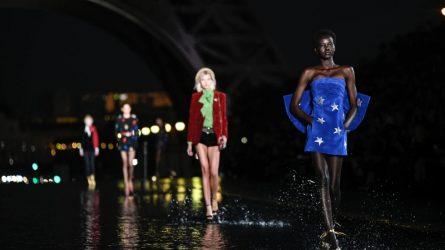 Đâu là giới hạn cho sự gợi cảm của người mẫu nữ trên các sàn diễn thời trang?