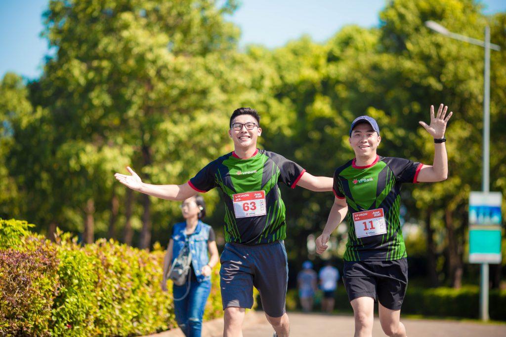 Giải chạy Marathon Quốc tế Di sản Hà Nội 2