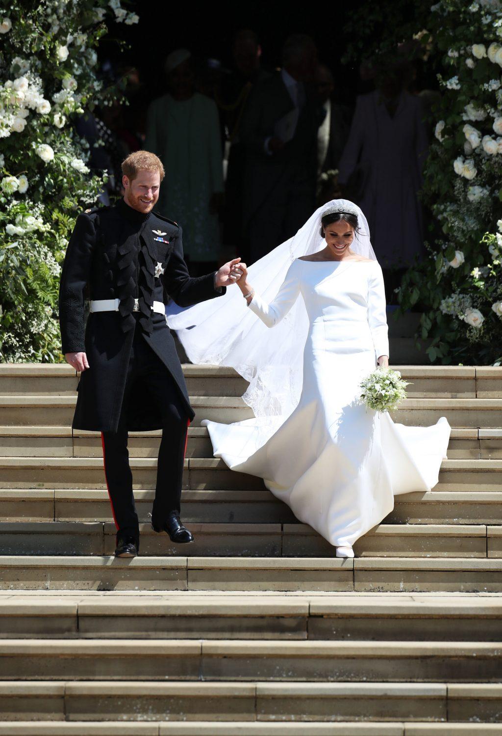 Xu hướng thời trang cưới lấy cảm hứng từ váy cưới của Chiara Ferragni và Meghan Markle 32