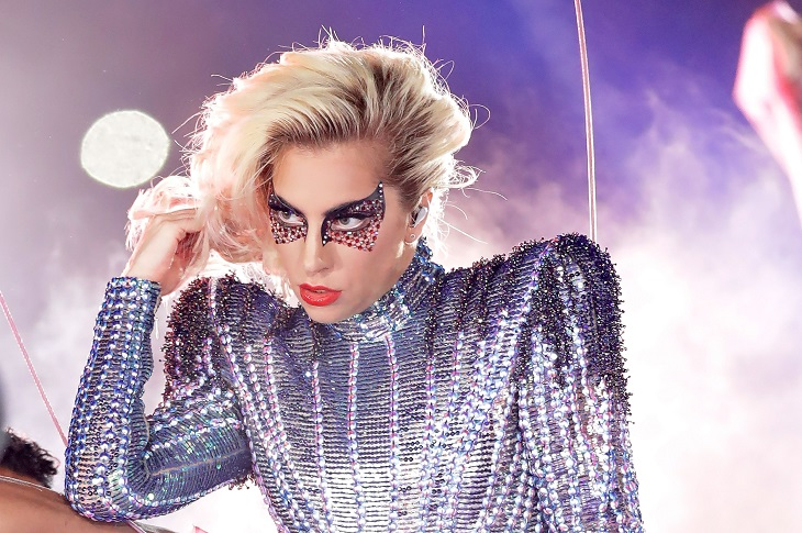 tạo hình của Lady Gaga 06