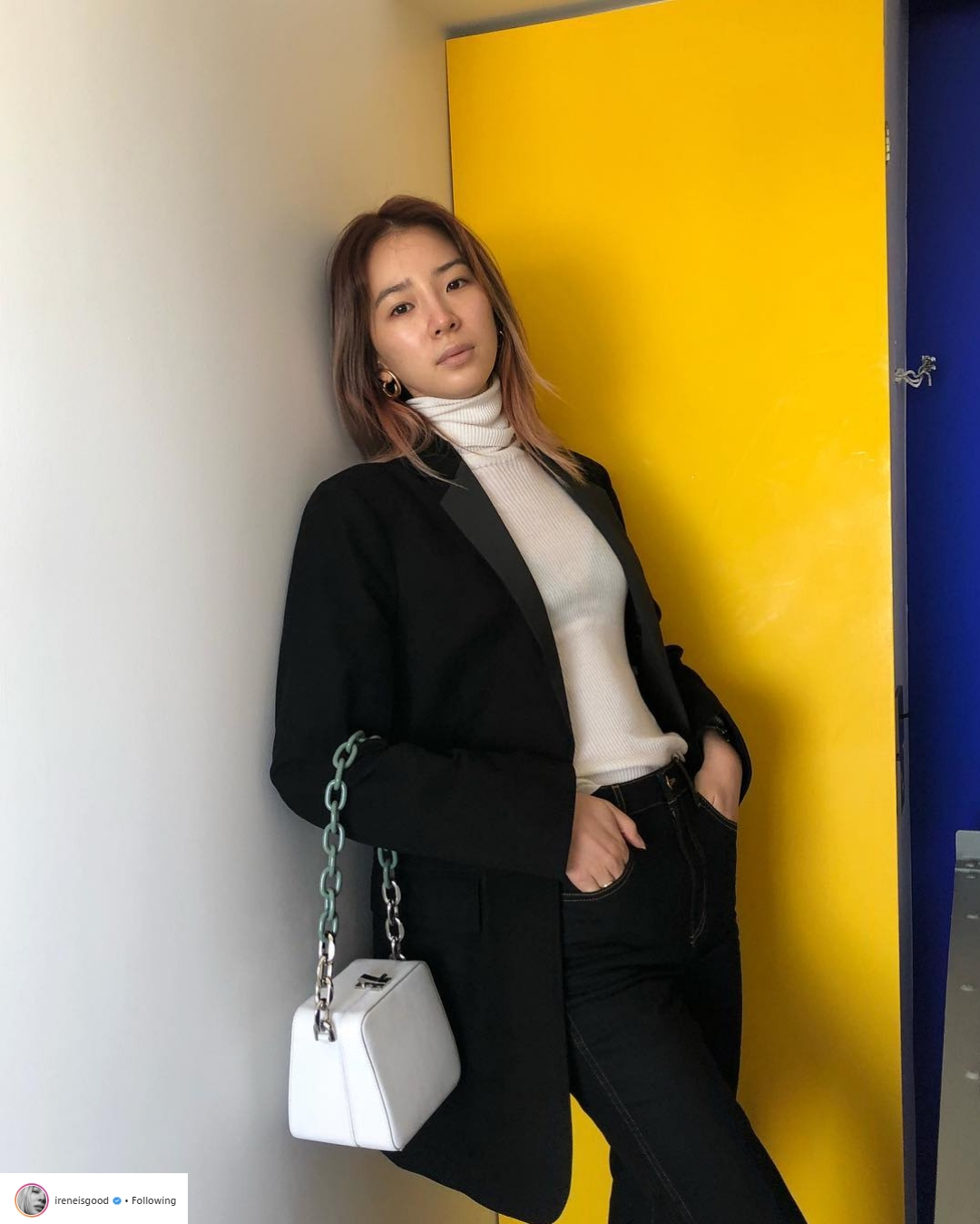 Bí quyết tạo dáng chuyên nghiệp từ nữ hoàng street style xứ Hàn Irene Kim 29