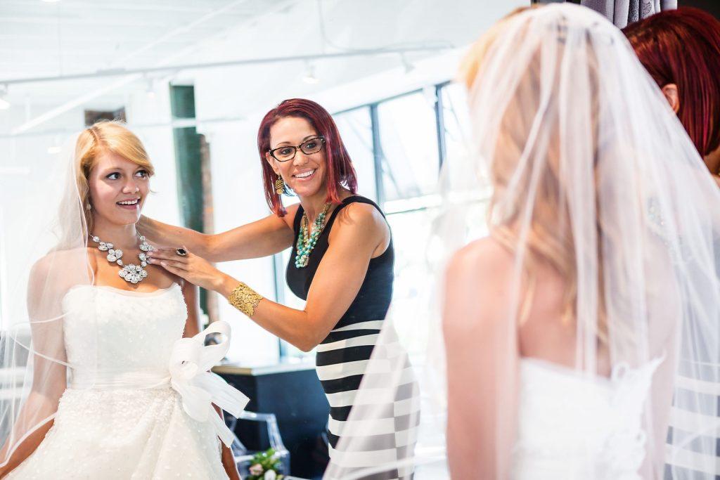 Những sai lầm cơ bản khi chọn trang phục cưới của cô dâu 11