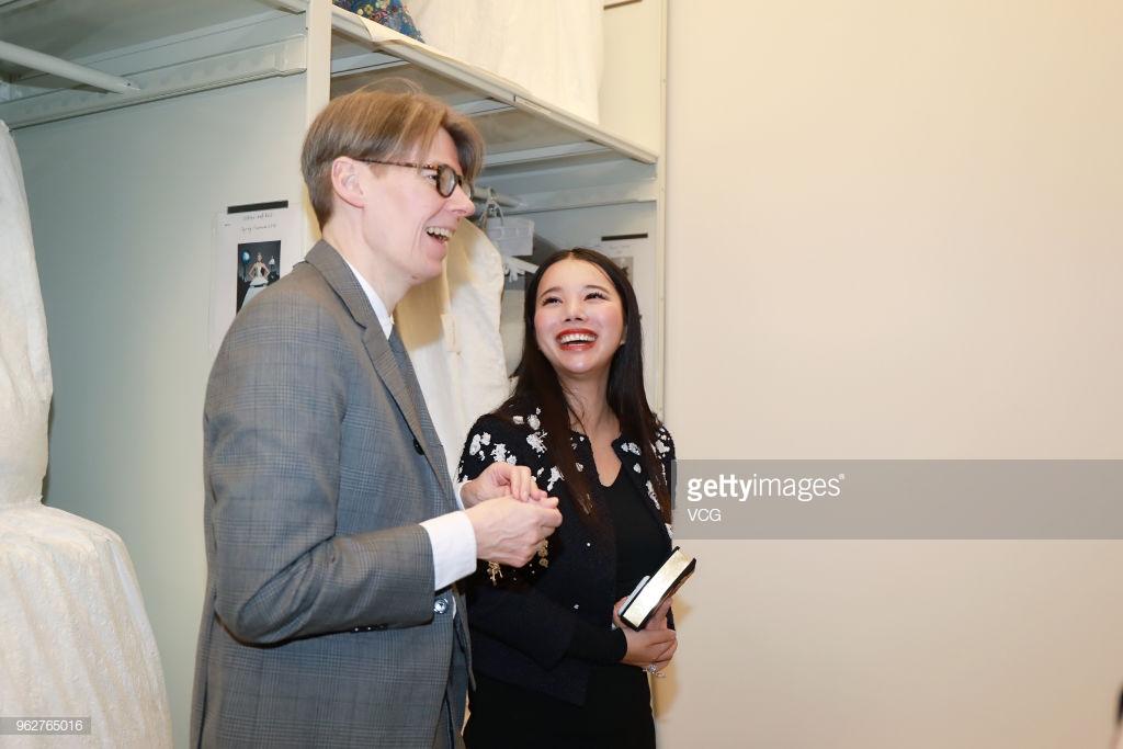 Wendy Yu đầu tư vào Viện trang phục Bảo tàng Nghệ thuật Metropolitan 10