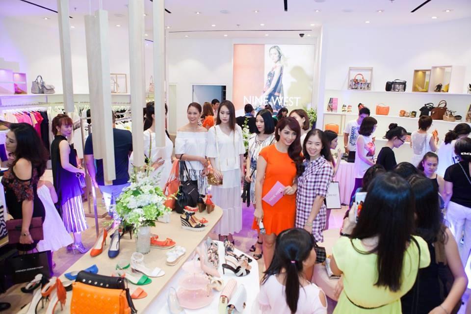 Nhãn hiệu Nine West tại Việt Nam đã chính thức được trao quyền thương mại cho công ty TNHH TM Hiệp Việt 10