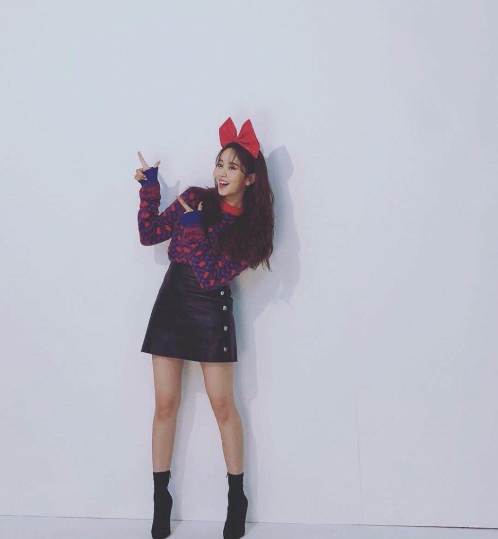 phong cách thời trang của Kim So Hyun 11
