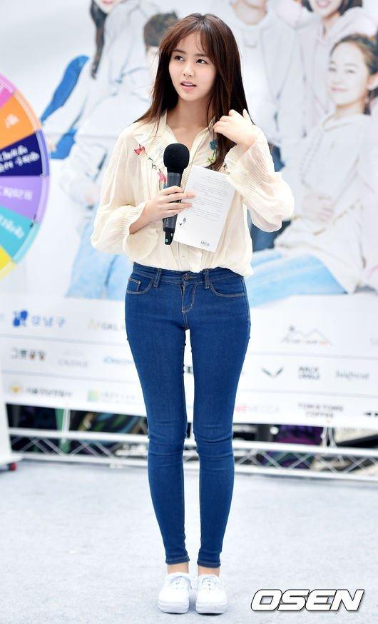 phong cách thời trang của kim so hyun2