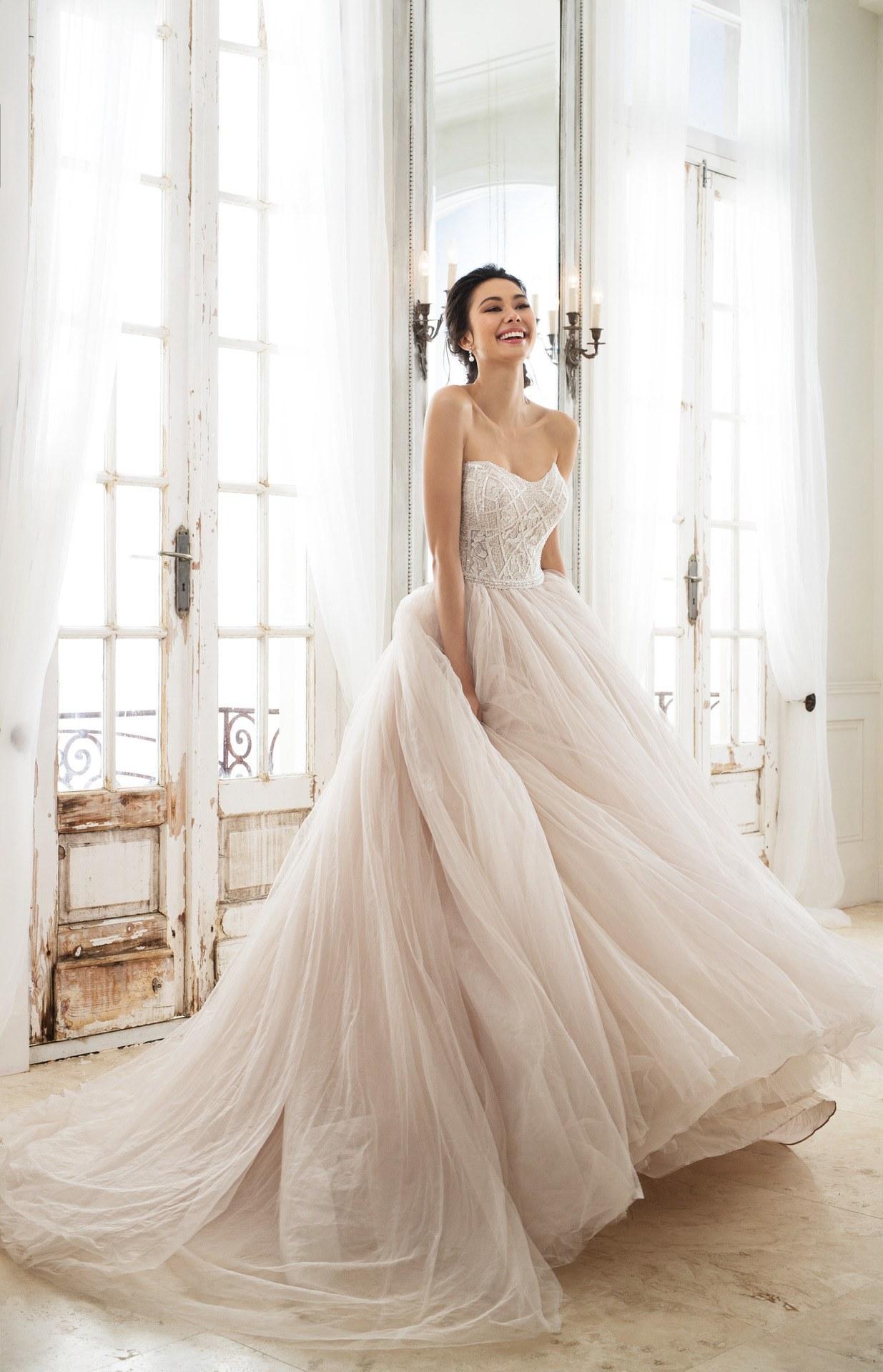 lựa chọn trang phục cưới 22