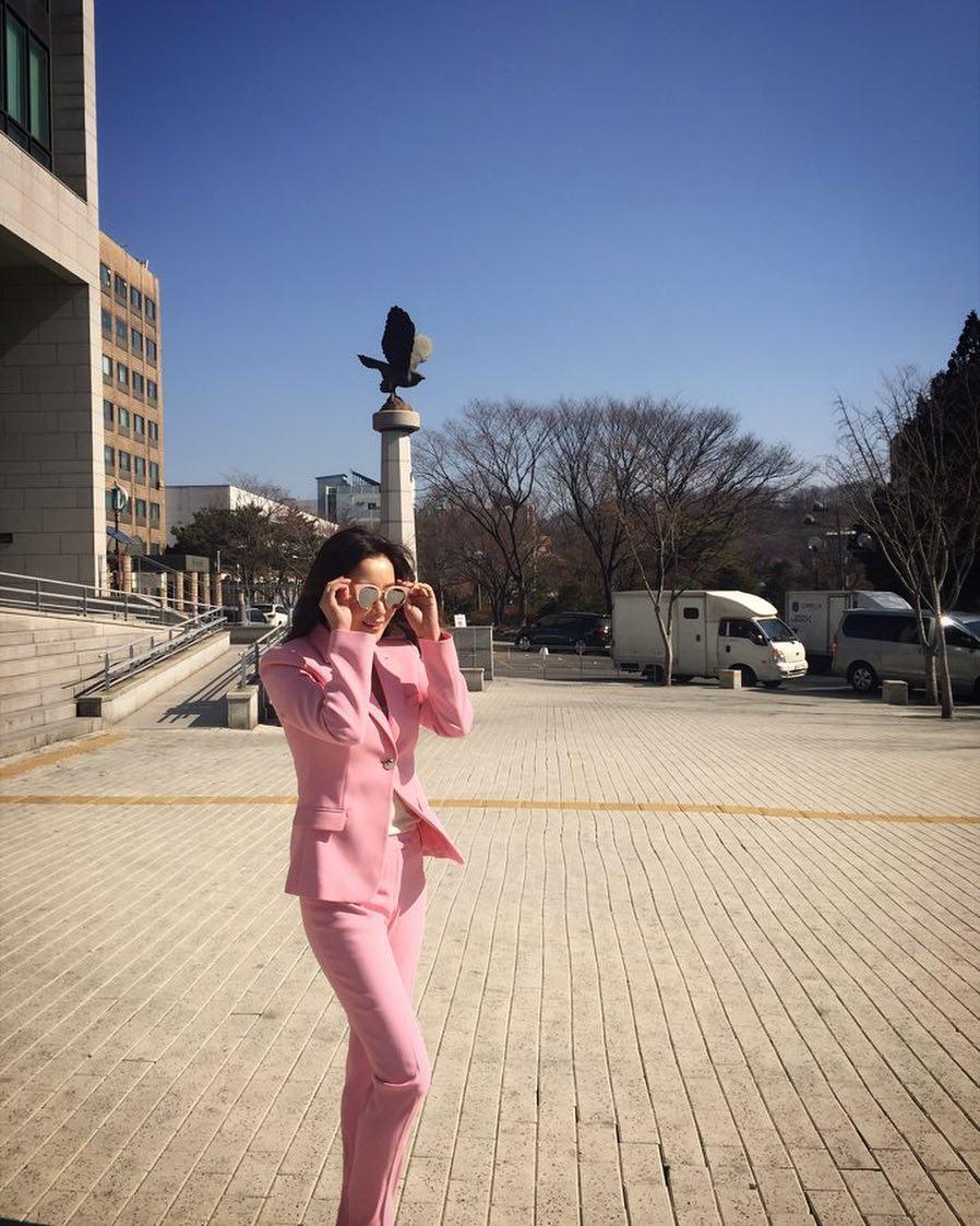 thời trang của kim hee sun 45