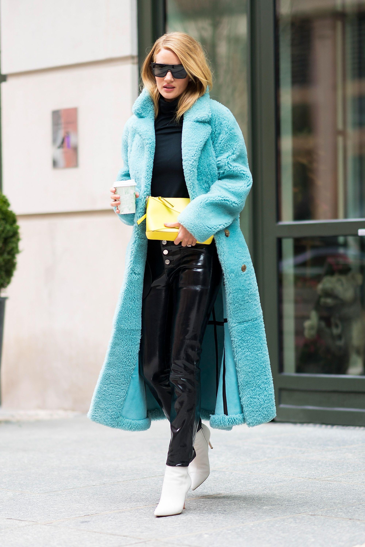 Trang phục xanh ngọc lam – tuyệt phẩm của mùa Đông 2018