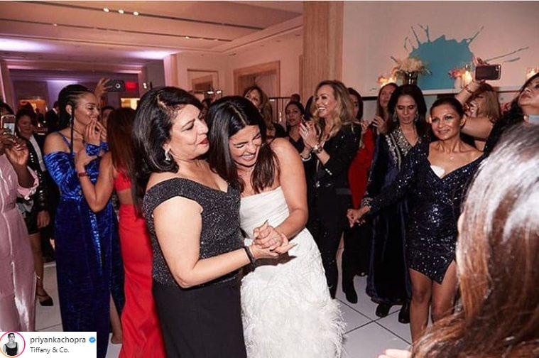 hoa hậu thế giới priyanka chopra bridal shower party 2
