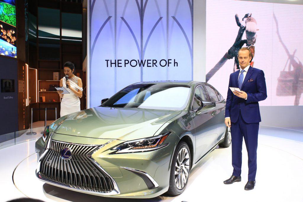 Lexus Hybrid tại Triển lãm Ô tô Việt Nam 2018