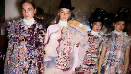 Mặc lại và tái chế quần áo cũ là hướng đi thiết thực của thời trang bền vững