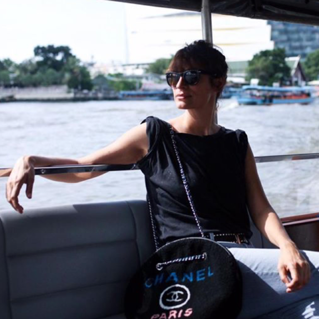 BST Chanel Cruise 2019 ở Bangkok Caroline de Maigret