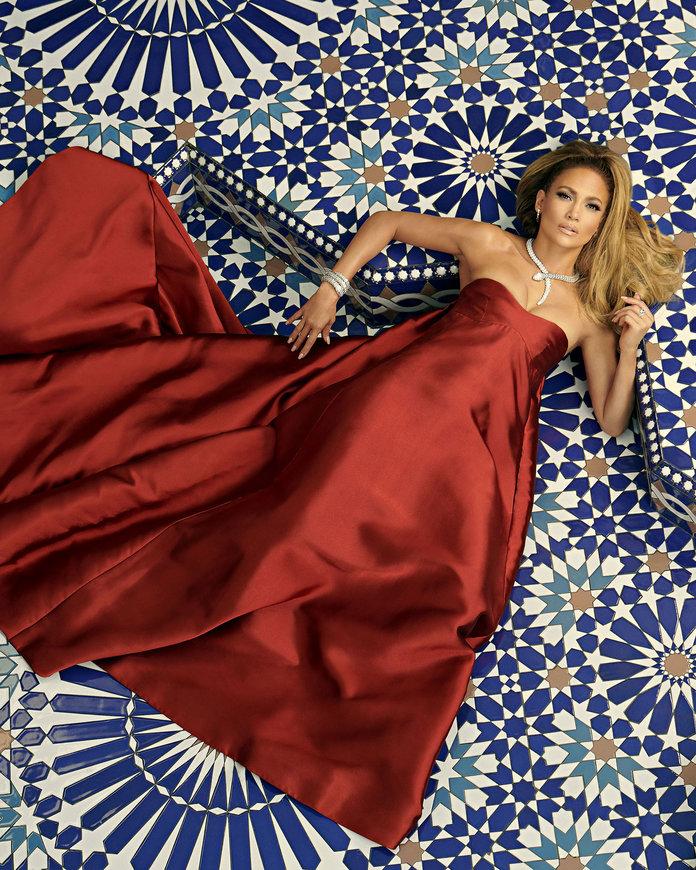 ca sĩ Jennifer Lopez trên trang bìa tạp chí Instyle 5