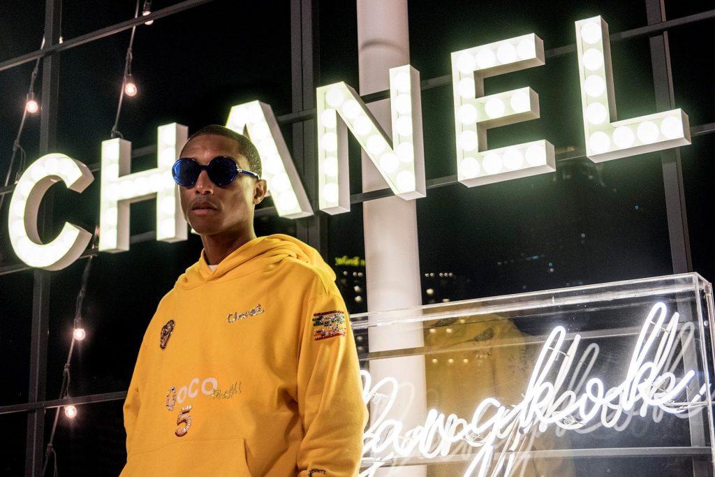 """Thương hiệu Chanel tiếp tục """"bắt tay"""" Pharrell Williams 2"""