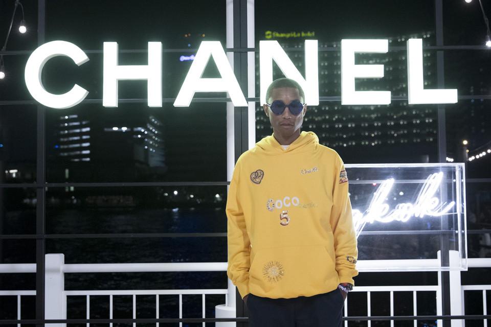 """Thương hiệu Chanel tiếp tục """"bắt tay"""" Pharrell Williams 3"""