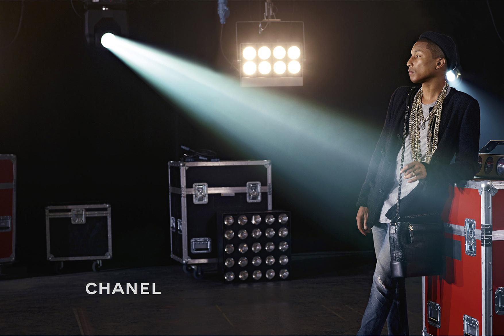 """Thương hiệu Chanel tiếp tục """"bắt tay"""" Pharrell Williams 6"""
