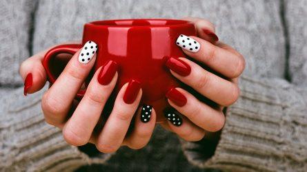 Tỏa sáng trong mùa lễ hội với những mẫu móng tay đẹp màu đỏ thời thượng