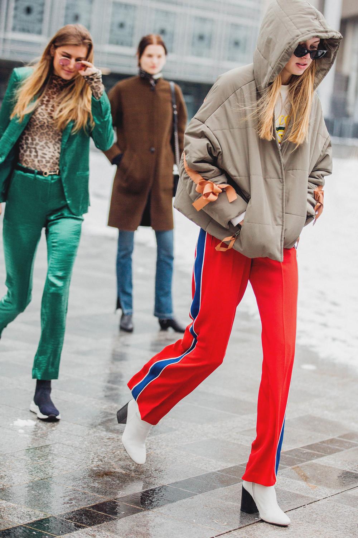 phối màu trang phục với gam đỏ  21