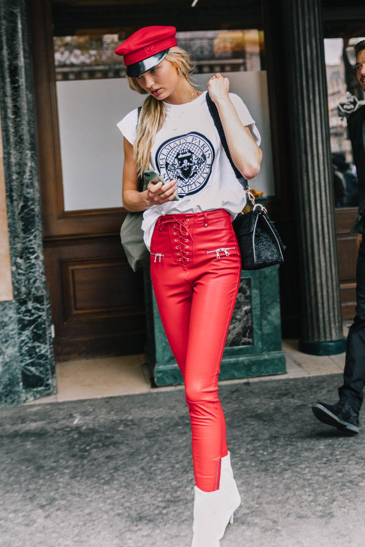 phối màu trang phục với gam đỏ 8