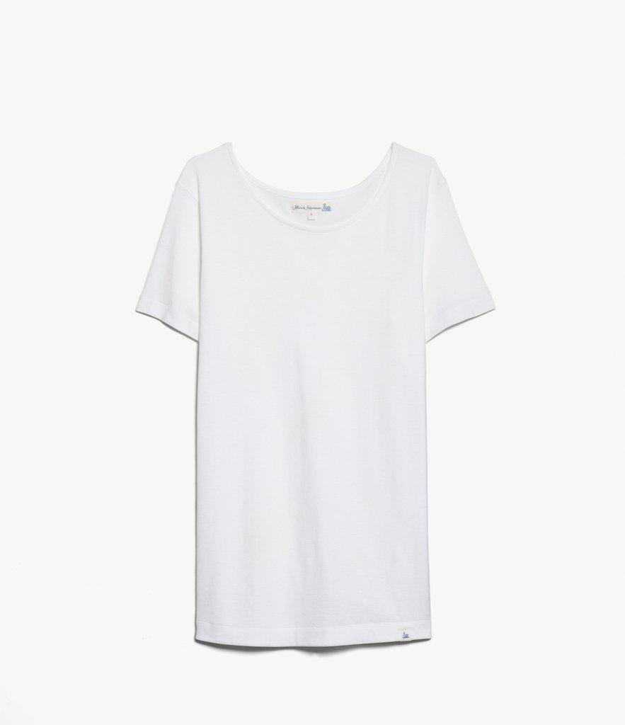 áo thun trắng ngắn tay