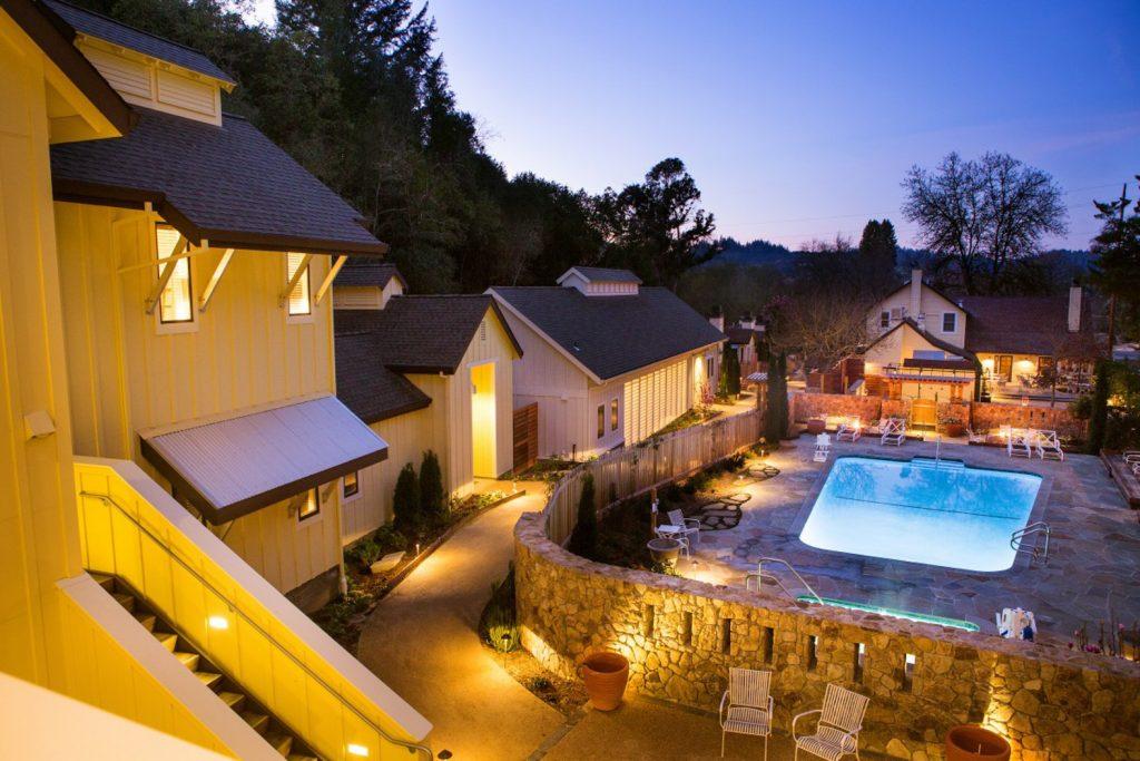 khách sạn lãng mạn 3