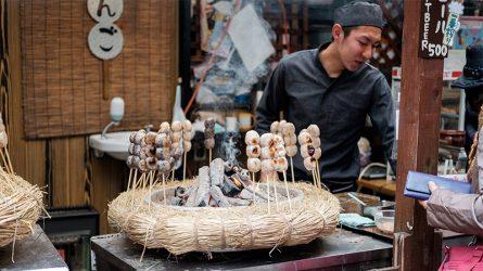 Không thể bỏ qua ẩm thực đường phố khi đến Tokyo