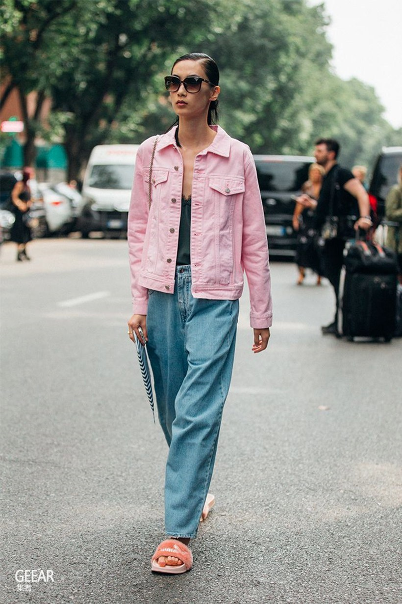 trang phục màu hồng millennial 30