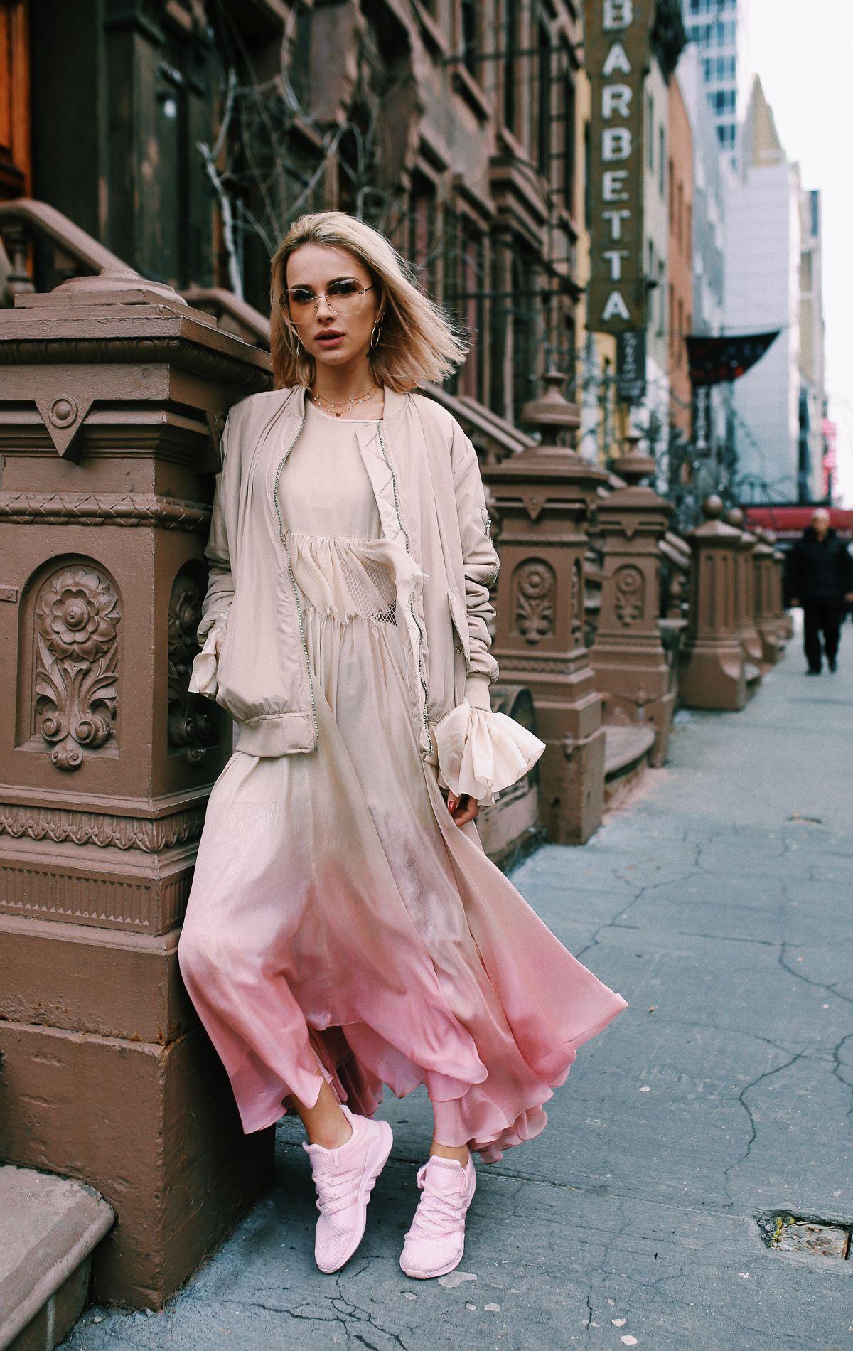 trang phục màu hồng millennial 5
