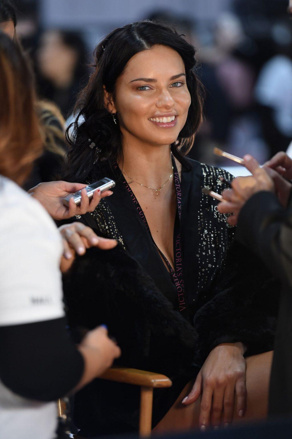 siêu mẫu Adriana Lima 13