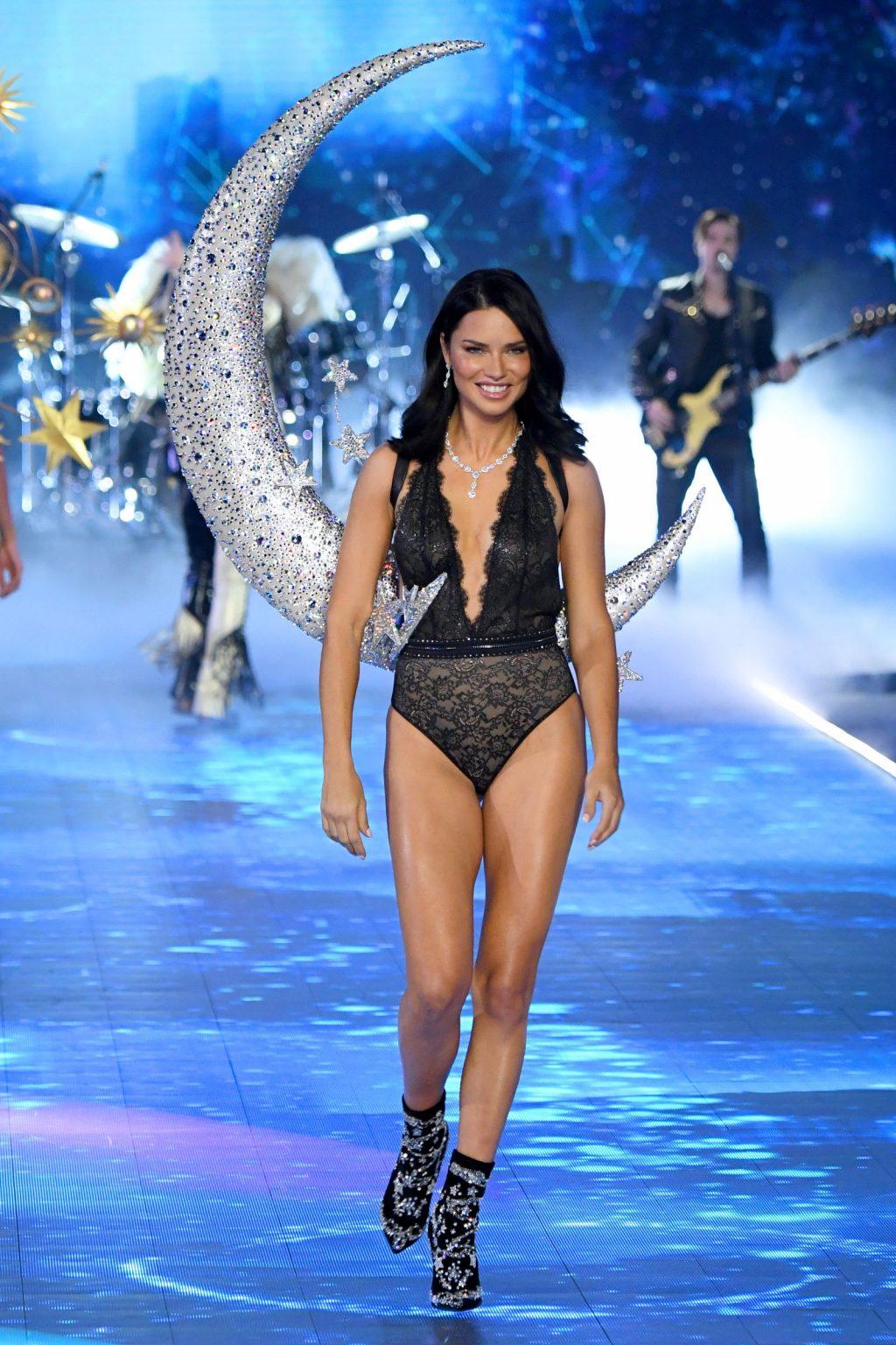 siêu mẫu Adriana Lima 3