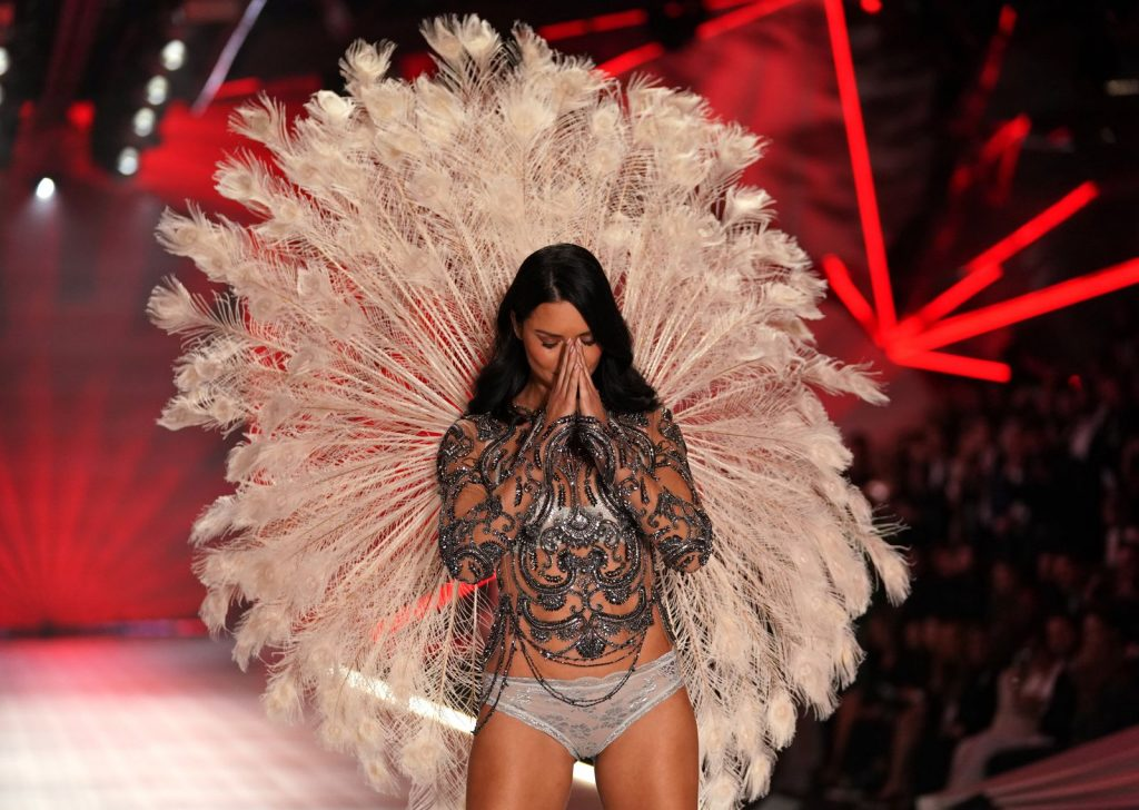 siêu mẫu Adriana Lima 4