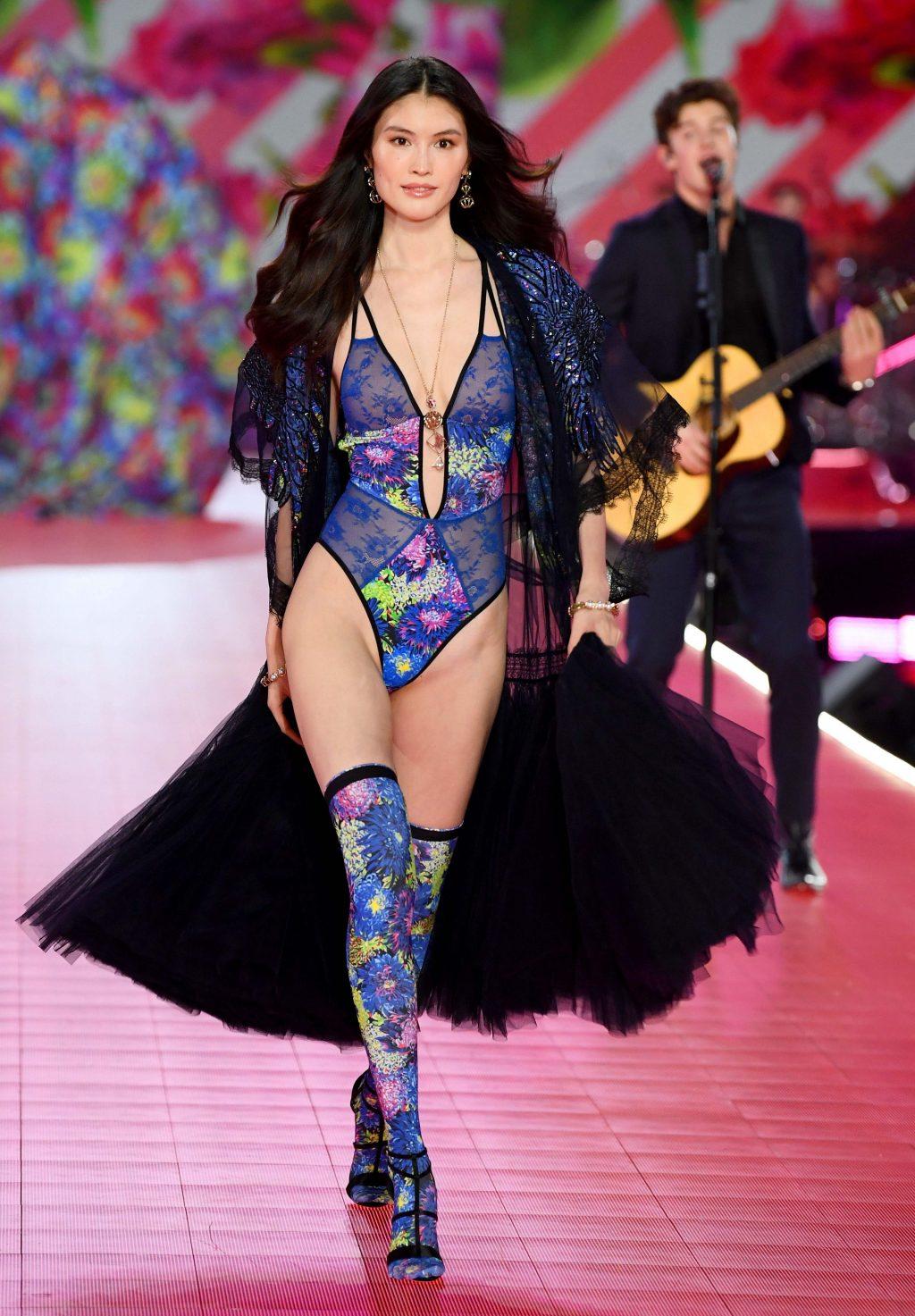 buổi trình diễn Victoria's Secret 2018 32