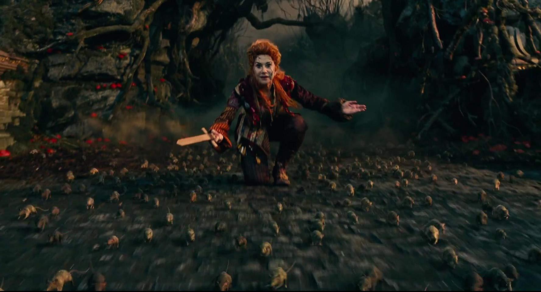 NTK Jenny Beavan thời trang trong phim Kẹp hạt dẻ và bốn vương quốc 10