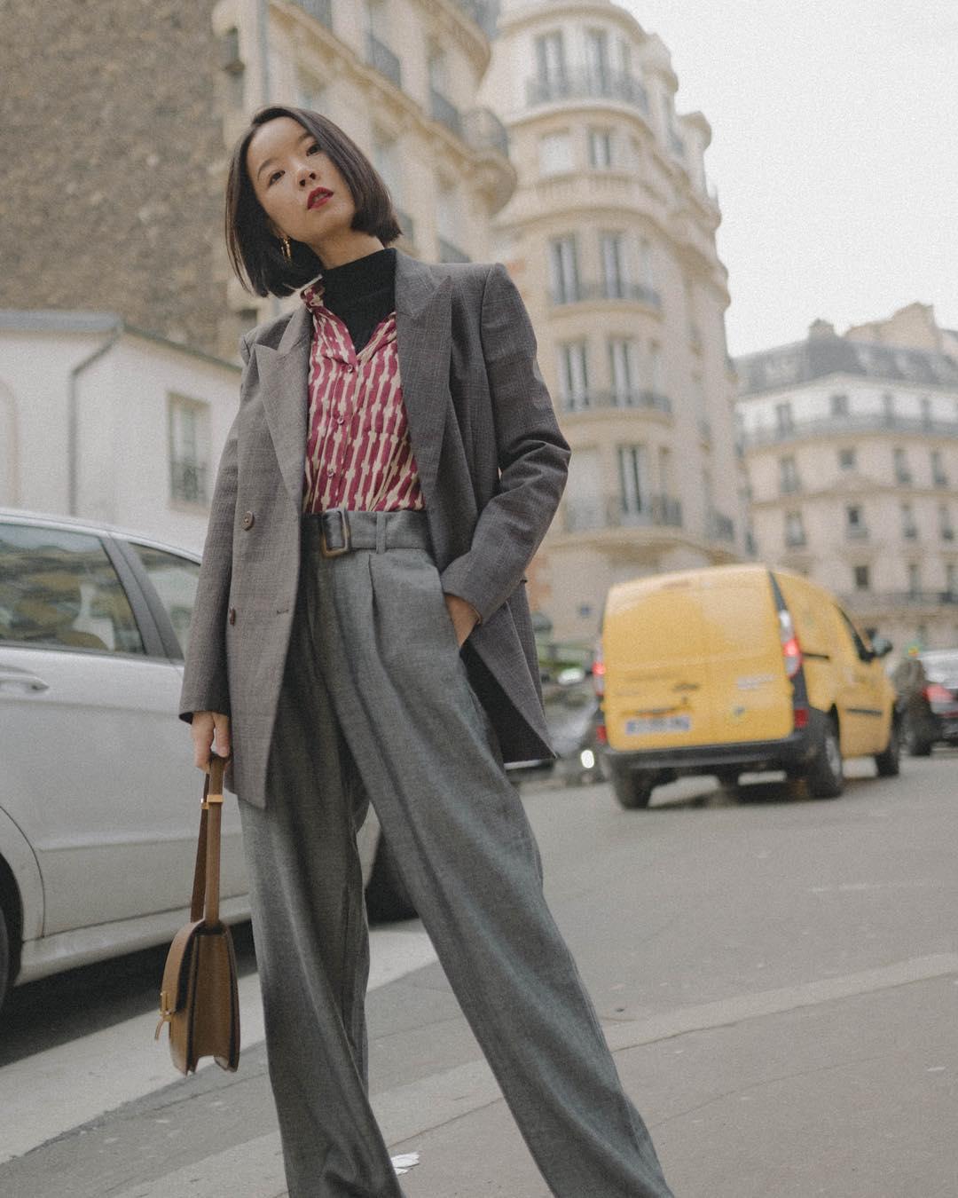 phong cách thời trang menswear blazer phối áo cổ lọ