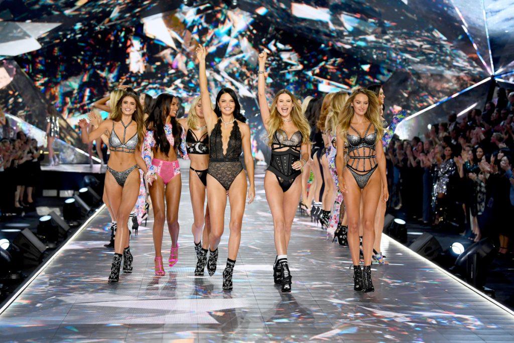 thương hiệu Victoria's Secret xin lỗi người chuyển giới