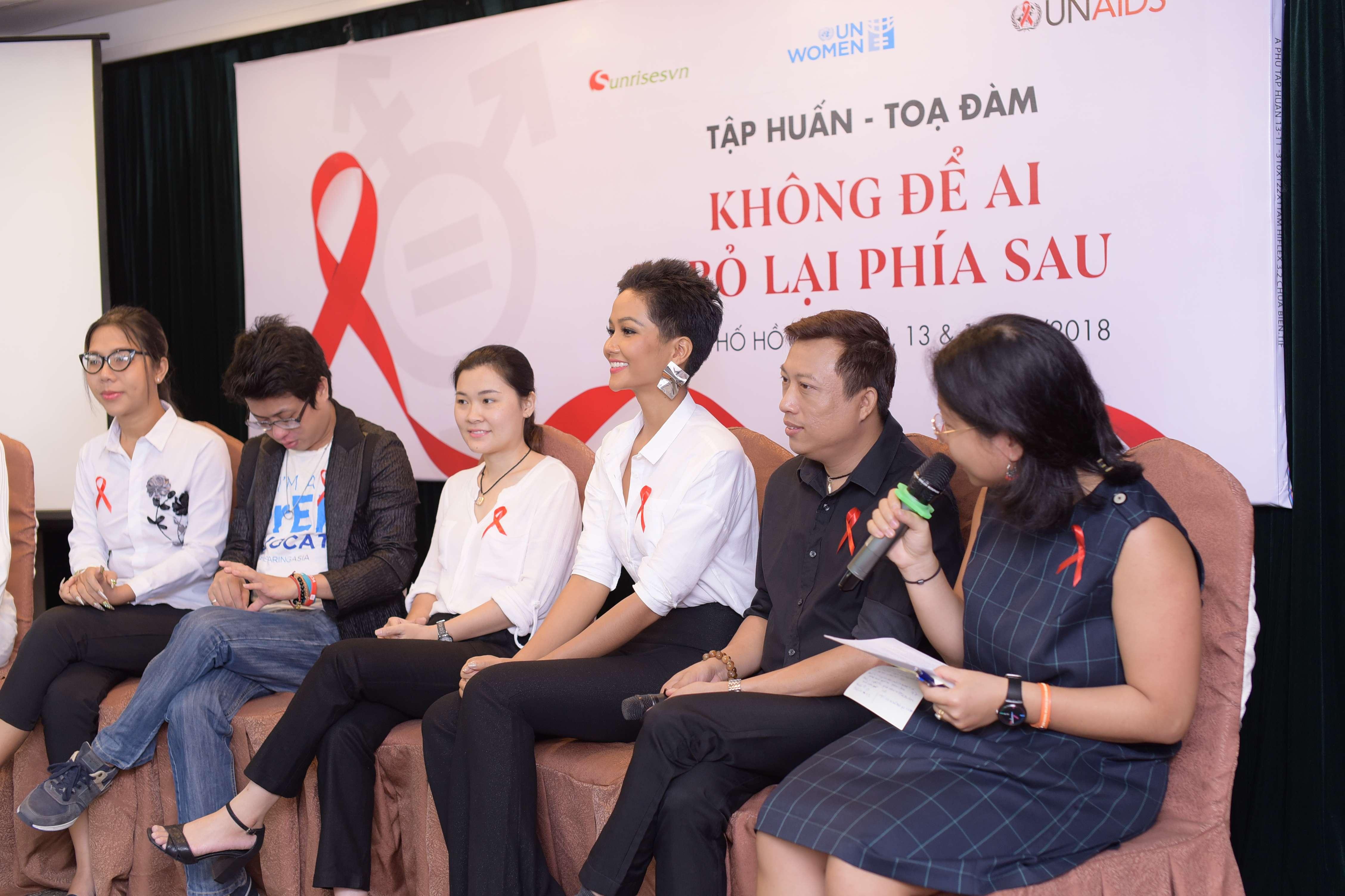 UNWomen – UNAIDS tổ chức tập huấn bình đẳng giới 16