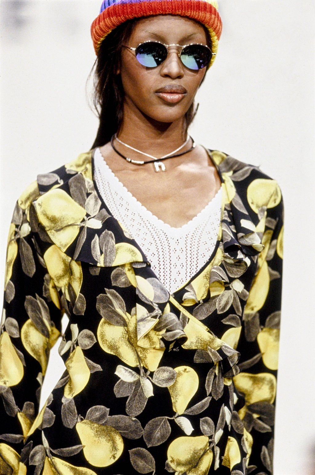 tin thời trang naomi campbell