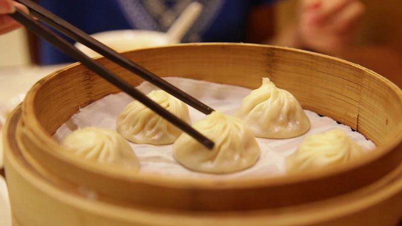 ELLE Vietnam - món ăn đường phố Thượng Hải 2