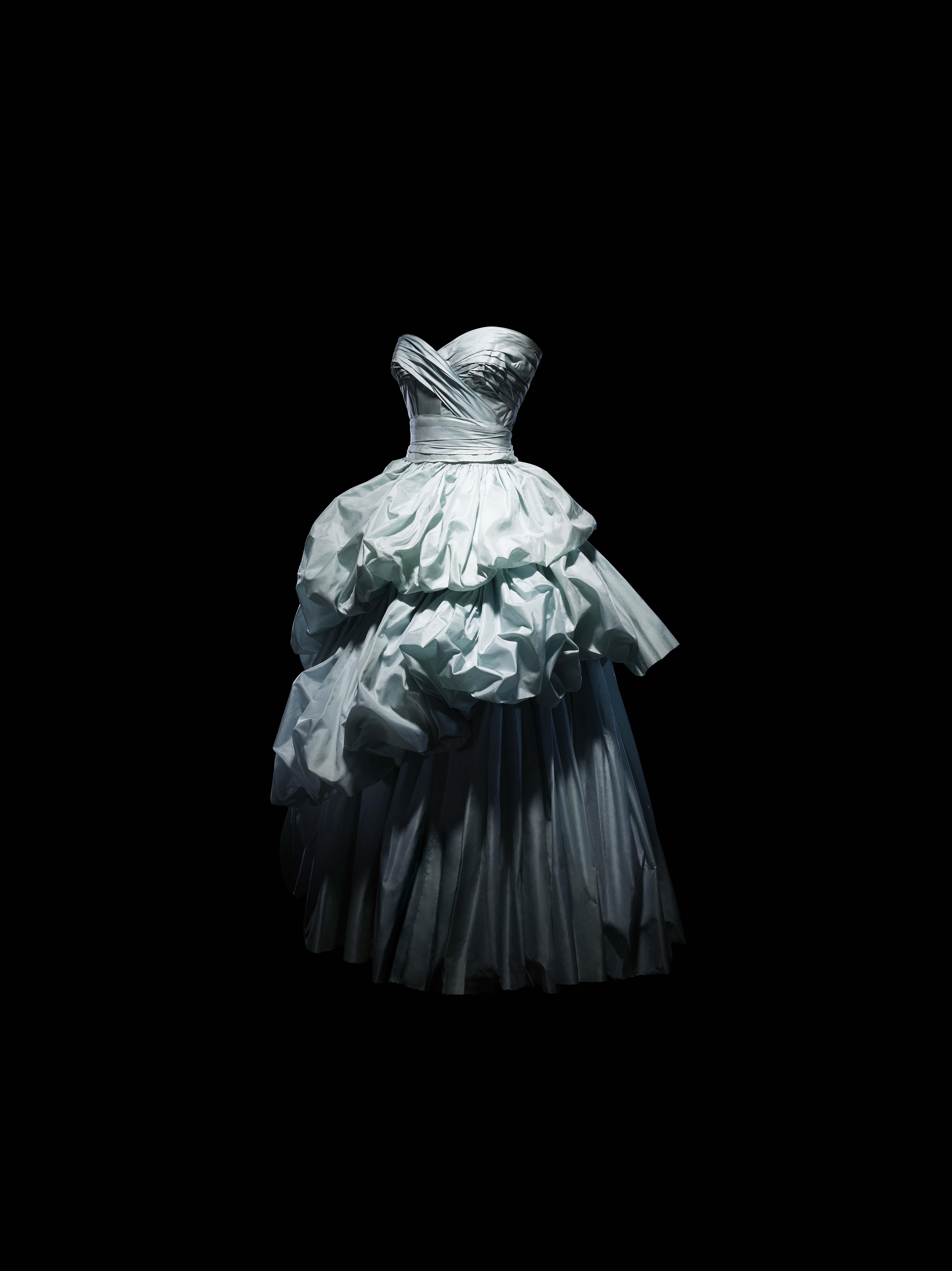 buổi triển lãm Dior denver 2