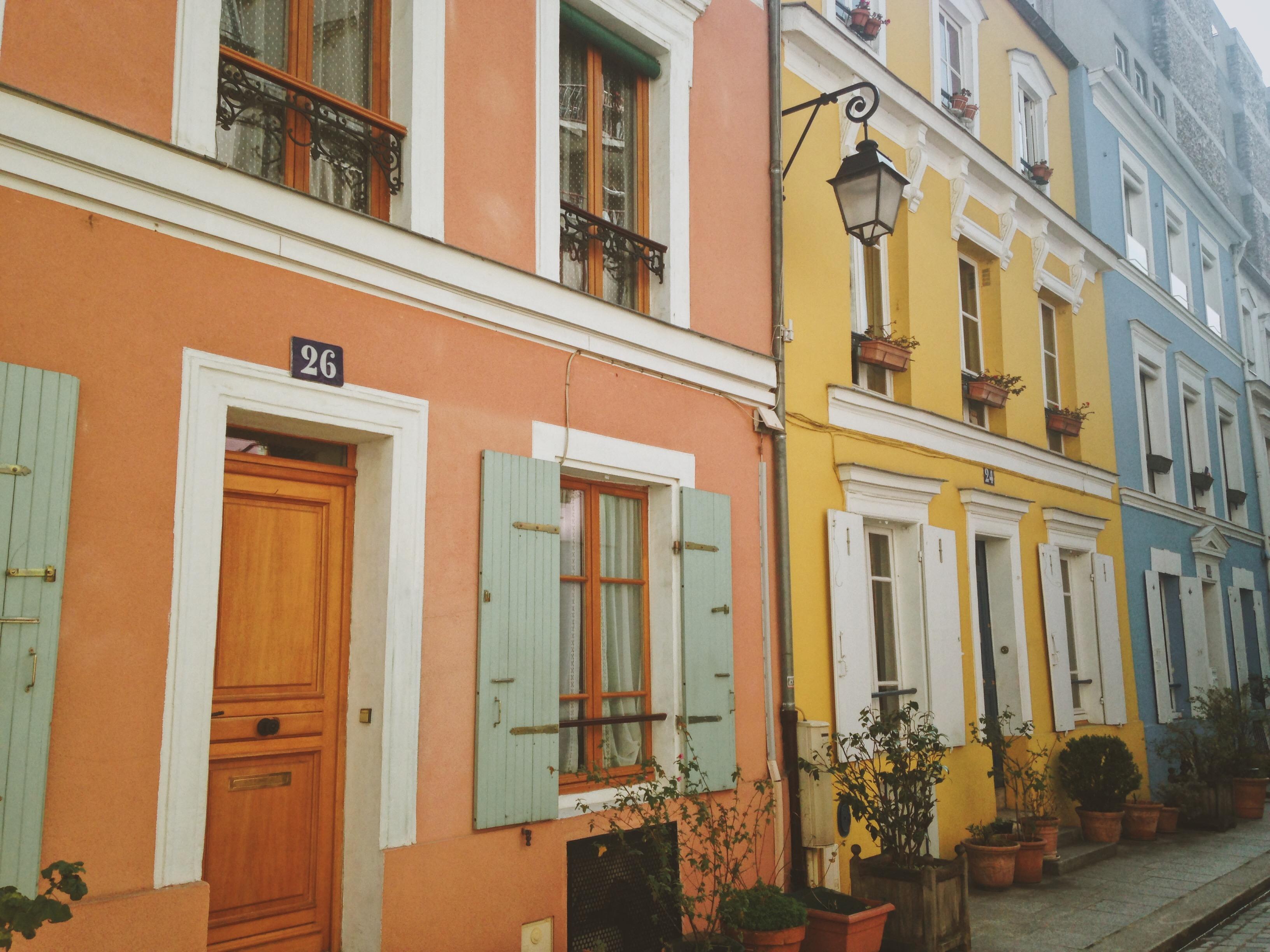 khu phố rực rỡ Rue Cremieux