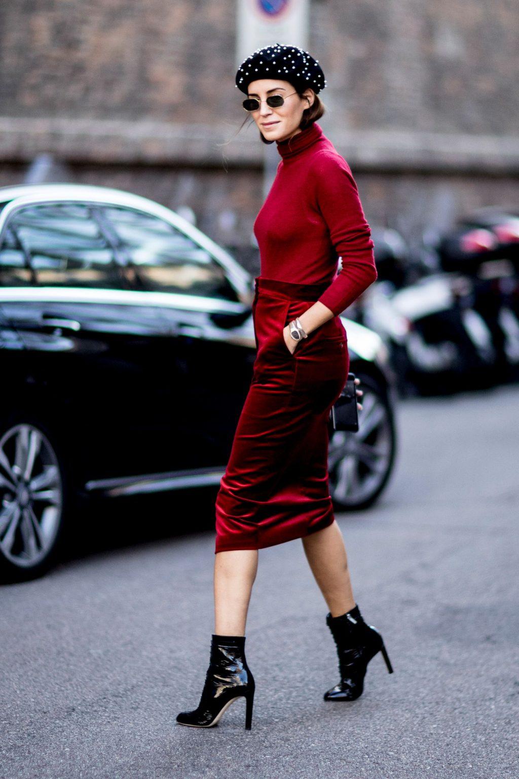 trang phục dự tiệc đỏ burgundy cho mùa lễ hội 3