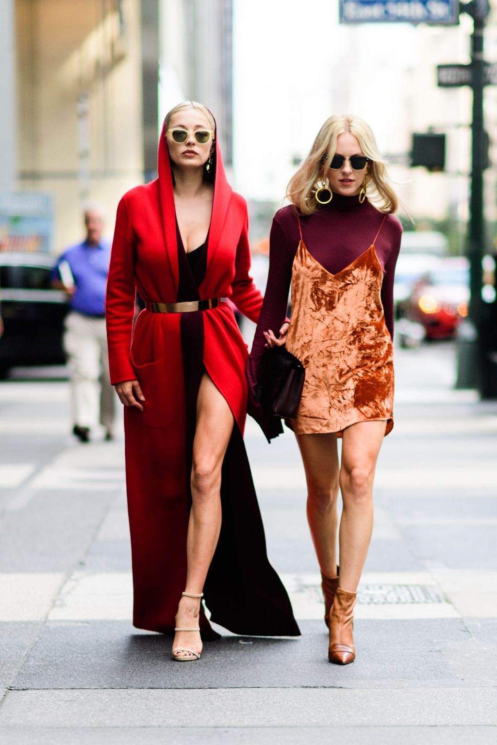 trang phục dự tiệc đỏ burgundy cho mùa lễ hội 32