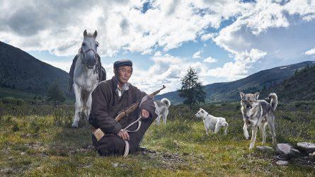 Nhiếp ảnh gia người Bỉ và hành trình tới vùng đất của người du mục Bắc Mông Cổ