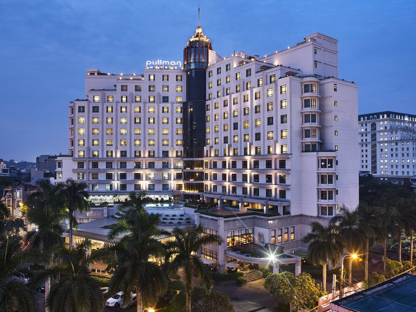 Pullman Hanoi dành giải thưởng World Luxury Business Hotel Awards 2018