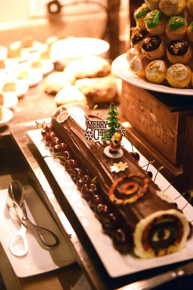Tưng bừng đón mùa lễ hội cuối năm tại các nhà hàng ở Hà Nội 9