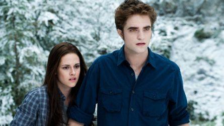 Phim Twilight và chặng đường 10 năm: Phát súng nữ quyền đầu tiên